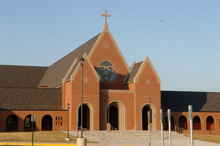 Holy Trinity Catholic Church, Gainesville image
