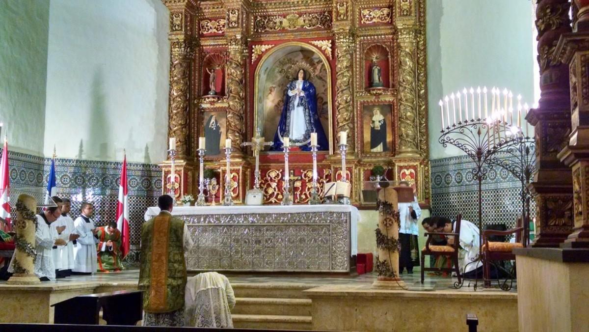 Regina Angelorum Church and Convent, Santo Domingo image